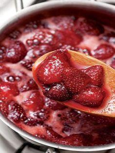 Çilek reçeli Tarifi - Türk Mutfağı Yemekleri - Yemek Tarifleri