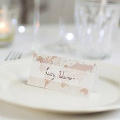 Are you interested in our travel wedding place cards? With our world map wedding place name cards you need look no further.