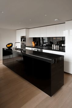 31 Black Kitchen Ideas For The Bold, Modern Homeu2026