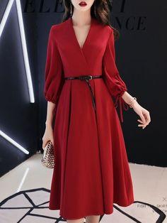 Surplice Bust Darts Plain Skater Dress - Looks are Everything Cheap Dresses, Elegant Dresses, Pretty Dresses, Vintage Dresses, Beautiful Dresses, Casual Dresses, Dresses Dresses, Vintage Red Dress, Dance Dresses