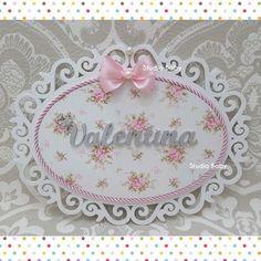Molduras Vintage, Maria Valentina, Baby Shower Crafts, Baby Shawer, Girl Room, Elo 7, Biscuit, Flowers, Diy