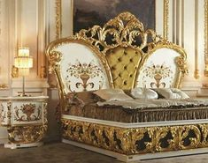 Royal Furniture, Luxury Home Furniture, Bed Furniture, Furniture Design, Bedroom Sets, Bedroom Decor, Master Bedrooms, Carved Beds, Gold Bed