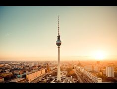 Berlin, Germany-based photographer Jens Fersterra knows how to pay respect to his city. Though he's skiled in landscape photography, having shot the rollin Cinque Terre, Berlin Skyline, Berlin Ick Liebe Dir, Places To Travel, Places To See, Visit Berlin, Berlin Photos, Destinations, Belle Villa