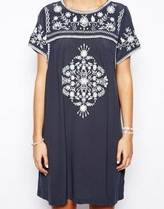 Loose embroidered dress