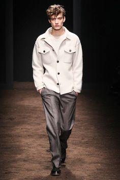 http://www.style.com/slideshows/fashion-shows/fall-2015-menswear/salvatore-ferragamo/collection/2