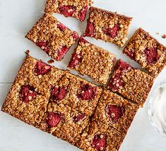Make these easy raspberry honey flapjacks using just five ingredients. Serve with a cuppa for a perfect mid-morning pick-me-up, or freeze for a later date Golden Syrup Flapjacks, Easy Flapjacks, Healthy Flapjack, Flapjack Recipe, Baking Tins, Baking Recipes, Baking Desserts, Snacks Recipes, Drink Recipes