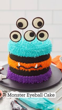 Halloween Desserts, Halloween Cakes, Halloween Treats, Cake Decorating Piping, Cookie Decorating, Pretty Cakes, Cute Cakes, Icing Tips, Fall Cakes