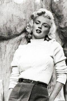 "Marilyn Monroe In Canada Filming ""RIVER OF NO RETURN."""