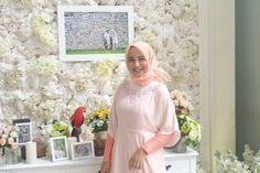 Bridesmaid in peach