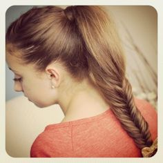 Fluffy Fishtail Braid {step-by-step instructions and 5min video tutorial} | Cute Braids and More Hairstyles from CuteGirlsHairstyles.com #CGHFluffyFishtail