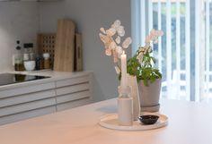 Kjøkkenet vårt – Villafunkis.no Decor, Home Decor, Vase, Kitchen