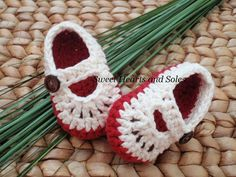 These handmade crochet cotton Baby Mary Janes Shoes are perfect for the little apple of your eye!