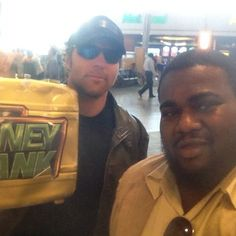 hAHAHA he actually took the case!!! Can't wait for today's RAW
