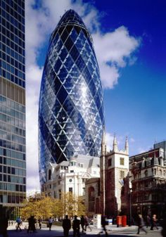 The Gherkin London 2001 Architect: Norman Foster, Ken Shuttleworth Norman Foster, Gherkin London, Swiss Re, 30 St Mary Axe, London Guide, New Architecture, Contemporary Architecture, Foster Partners, Famous Architects