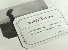 30 Stunning Vintage and Retro Business Card Designs