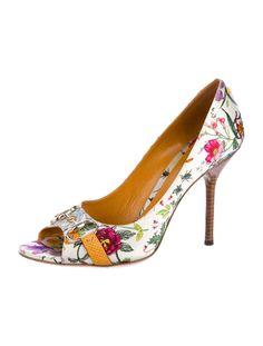 Lovely floral heels!