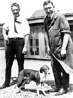 Nel 1921 Frederick Banting e Charles Best, nel laboratorio di J.J.R. Macleod dell'Università di Toronto, riescono ad isolare l'insulina.