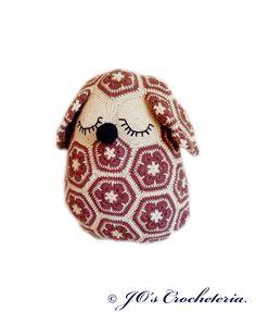 """The African Flower Dog Pillow crochet pattern from JO's Crocheteria"""