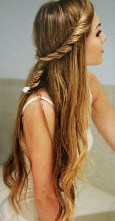 Peinado trenza cabello largo