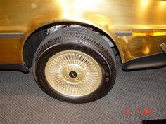 DeLorean Fansite Deutschland - Gold DeLorean