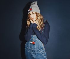 Dungarees? ✔️ Cropped roll neck?✔️ Logo beanie?✔️ #TommyJeans '90s nostalgia is in full force!