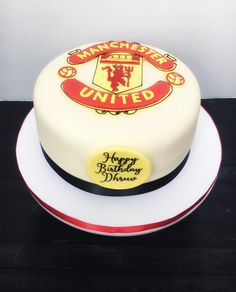 A Manchester United themed birthday cake for a big fan. ⚽️⚽️ The customer surprised her boyfriend with this cake at his work.  How sweet!  Happy birthday, Dhruv!  Have a great day. ☺️ #cakemeaway #cakemeawayfresno #manchesterunited #manchesterunitedcake #soccercake #futbolcake #fondantcakes #futbol #decoratedcakes #customcakes #bakedwithlove #handmadewithlove