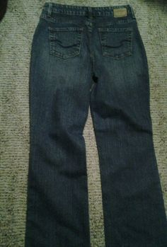 Womens signature Levi Strauss & Co Jeans Size 6 (30x30) #LeviStraussCo #BootCut