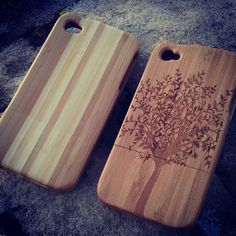 Two-tone and engraved iPhone4 bamboo cases.