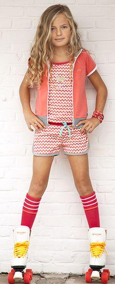 Ninni Vi Short in Koraal rood dessin - Moda Junior, Color Style, Summer Kids, Summer 2014, Kids Wardrobe, Tween Fashion, In Pantyhose, Kid Styles, Portraits