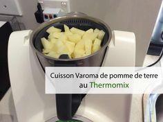 Cuisson Varoma de pomme de terre au thermomix. Voici comment cuire vos pommes de terre à la vapeur pendant vous préparer une recette avec le thermomix.
