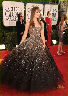 Olivia Wilde in Marchesa at the 2011 Golden Globes.