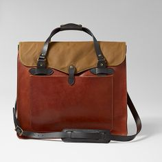 Luxurious Horween leather tote bag with classic Filson touches