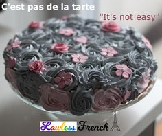 Do not think that desserts mean lots of sugar. Of course not, because there are plenty of sugar free desserts that you can prepare without any sugar. Garden Birthday Cake, White Birthday Cakes, Beautiful Birthday Cakes, Beautiful Cakes, Stunningly Beautiful, French Expressions, Strawberry Shortcake Games, Garden Cakes, Berry Cake