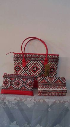 Embroidery Bags, Embroidery Fashion, Embroidery Patterns, Sewing Patterns, Tapestry Crochet Patterns, Leather Bag Pattern, Palestinian Embroidery, Crochet Christmas Ornaments, Silk Screen Printing