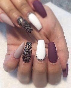 Roses inspired by Stiletto Nails, Coffin Nails, Acrylic Nails, Almond Nails, Cool Nail Art, Huda Beauty, Nailart, Vegas, Roses