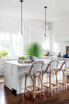 15 Ways with Shiplap: Beachy White Shiplap Kitchen