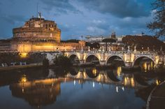 Visiting Rome: What are the things you should see? The Italian capital has a rich culture and history but what are the best things to do in Rome? Romantic Vacations, Romantic Getaways, Amazing Destinations, Vacation Destinations, Romantic Destinations, London Attractions, Overseas Travel, Travel Europe, Best Flights