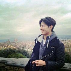 박보검 150100 유럽 여행 [ 출처 : 디시 박보검갤러리 ]