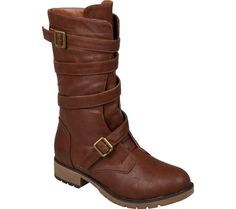 Hailey Jeans Co. Jennica - Brown with FREE Shipping & Returns. Hit the town with season ready style in these ankle boots by Hailey Jeans Co! These urban-chic boots