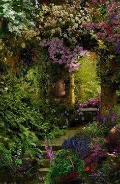 Charming Fairy Tale Garden Décor Ideas