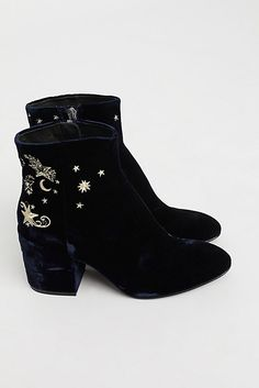 Slide View 4: Nadine Ankle Boot