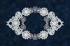 [パーチメントクラフト : 今井 真智子] 大通文化教室 Parchment Design, Parchment Craft, Create And Craft, Artisanal, Quilling, Elsa, Sculptures, Greeting Cards, Paper Crafts