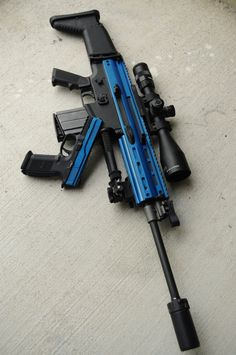 Airsoft hub is a social network that connects people with a passion for airsoft. Talk about the latest airsoft guns, tactical gear or simply share with others on this network Ninja Weapons, Weapons Guns, Airsoft Guns, Guns And Ammo, Tactical Guns, Airsoft Sniper, Juuzou Tokyo Ghoul, Armas Ninja, Custom Guns