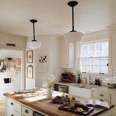Home Decor Living Room .Home Decor Living Room Kitchen Dining, Kitchen Decor, Kitchen Ideas, Nice Kitchen, Kitchen With Plants, Cozy Kitchen, Kitchen Wood, Kitchen White, Kitchen Trends