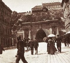 Clark Ádám (Lánchíd) tér és az Alagút a Lánchíd felől nézve. A felvétel 1894-ben készült.
