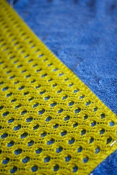 beautiful- the colour, the stitch.