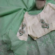 Lenin silk sarees with blouses Order what's app 7995736811 Blouse Designs Silk, Blouse Patterns, Organza Saree, Silk Sarees, Blouse Styles, Fashion Pants, Womens Fashion, Blouses, App