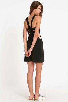 Sparkle & Fade – Figurbetontes Kleid mit Trägern