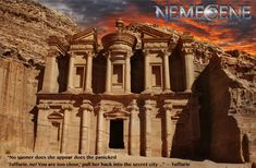 Hoogtepunten in Jordanië. I don't know if this was photo shopped with that glorious sky over Petra, but it's perfect, makes the carving more dramatic and regal . National Geographic, Sci Fi Authors, Tens Place, Wadi Rum, Ancient Mysteries, Ultimate Travel, Oh The Places You'll Go, Middle East, Traveling By Yourself