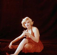 Marilyn Monroe photographed by Milton Greene, January 1957